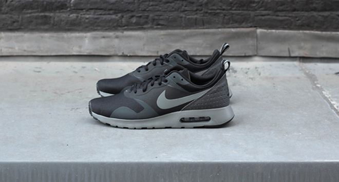 Air Max Tavas Black Cool Grey
