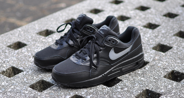 Air Max 1 Gs Black-white