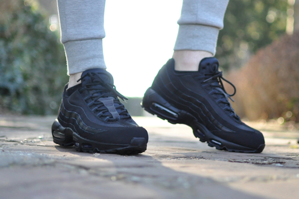 air max 95 zwart dames