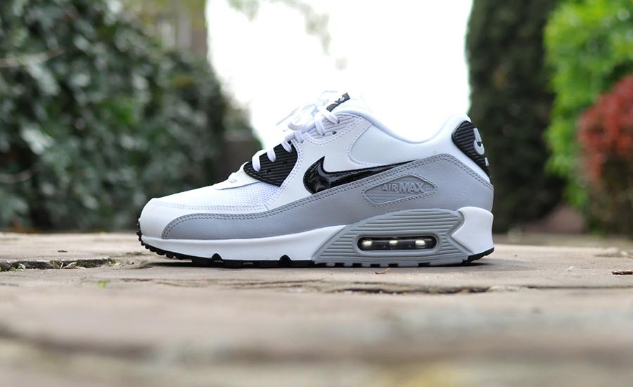 Nike Air Max 90 Essential 616730 111 Sneakers Blog