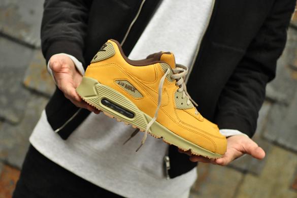 Nike Air Max 90 Winter PRM 683282 700 Sneakers Blog