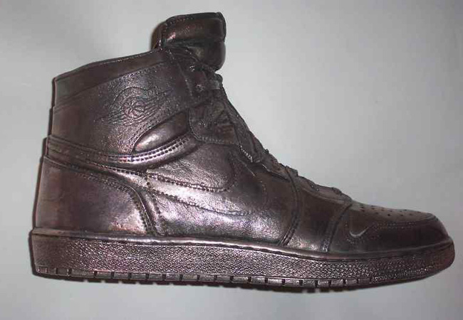 4259d284bec Duurste Schoenen Ooit TOP 5 - SneakersEnzo Blog
