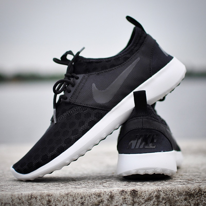 best loved b9ff4 d9b92 Nike Juvenate Zwart