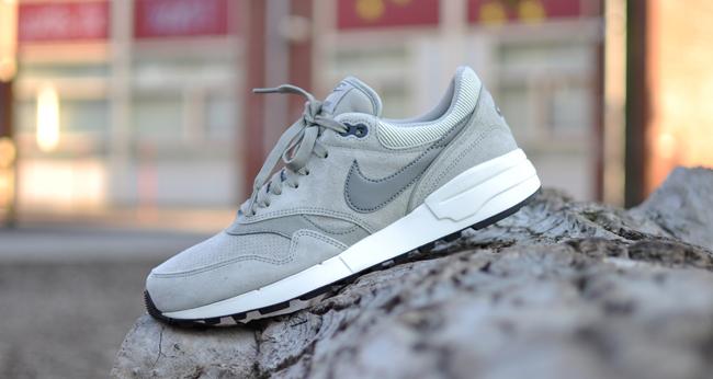 Renunciar Enfermedad Caña  Nike Air Odyssey LTR Lunar - 684773-009 | Sneakersenzo