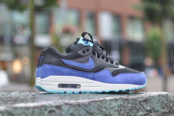 Nike Air Max 1 Essential Black Deep Royal Blue