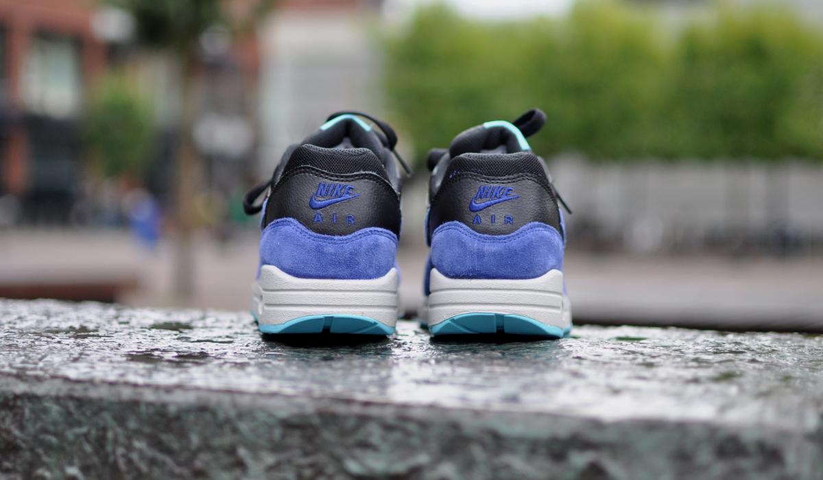 Nike Air Max 1 Black Deep Royal Blue