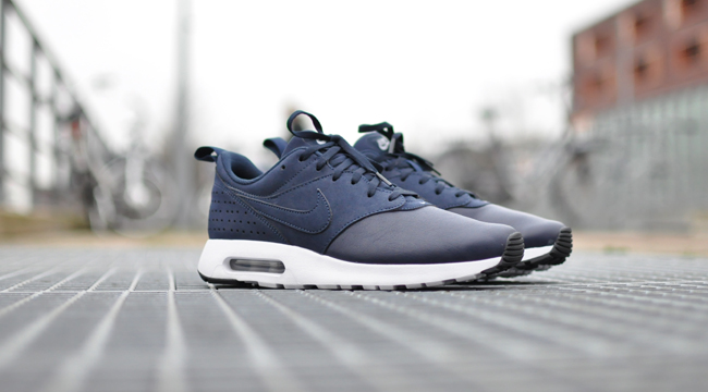 Nike Air Max Tavas Leather Obsidian | Sneakersenzo