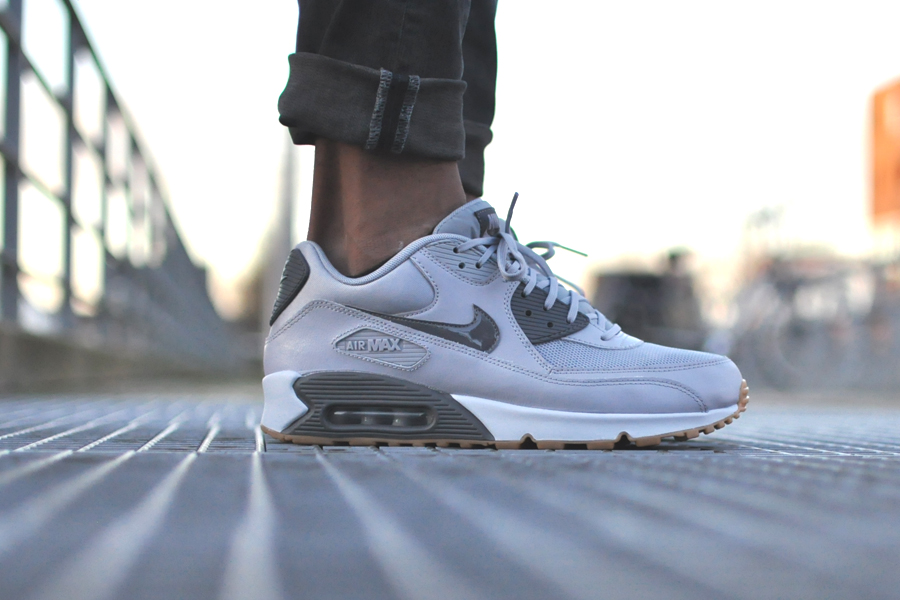 NIKE Air Max 90 Wolf Grey Sneakers Blog