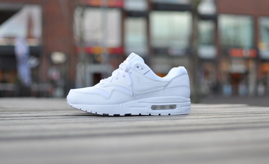 Witte Nike Air Max 1 GS | Sneakersenzo