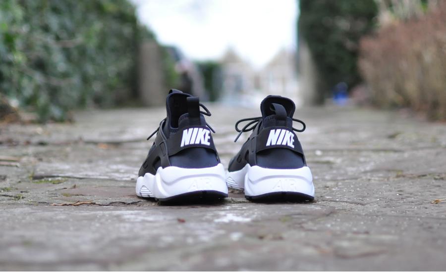 Zwarte Nike Air Huarache