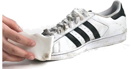 asics schoenen poetsen