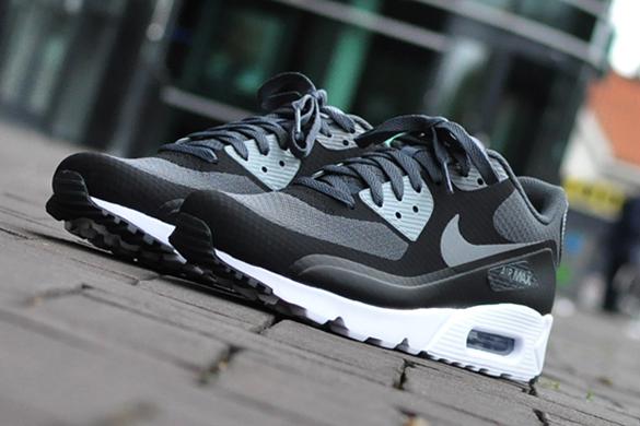Nike Air Max 90 Ultra Essential 819474-003