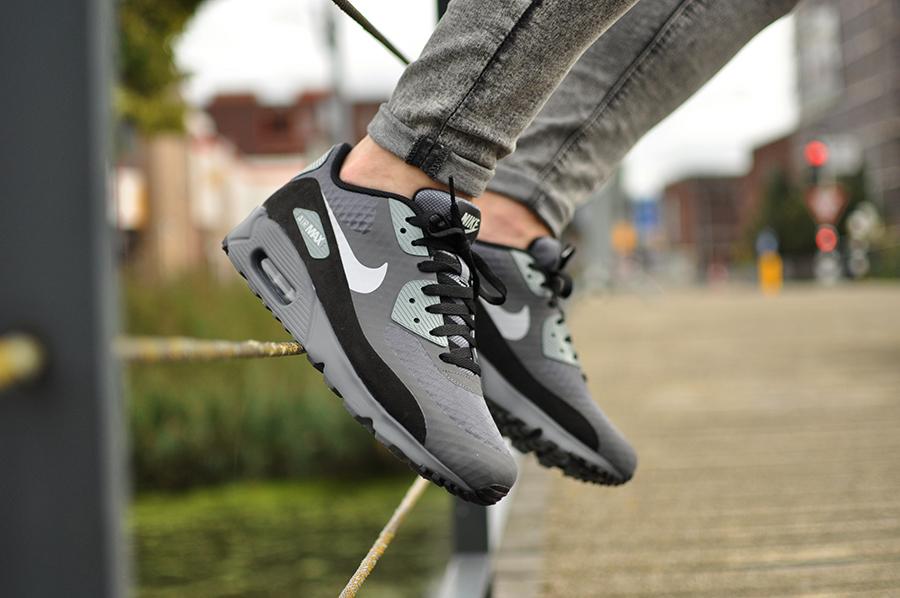 Nike Air Max 90 Ultra Essential 819474 003 Sneakers Blog