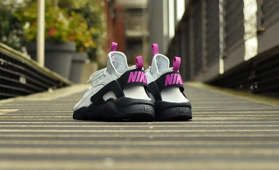 Nike Air Huarache Run Ultra GS 847568 400 Sneakers Blog