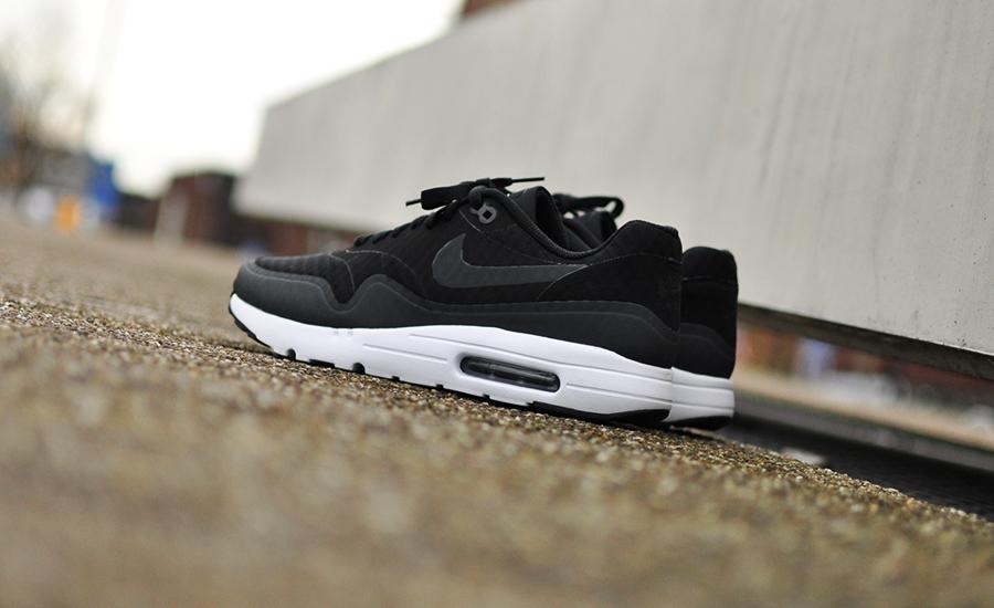 Nike Air Max 1 Ultra Essential 819476 004 Sneakers Blog