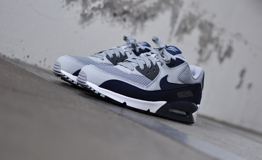 Nike Air Max 90 Essential 537384 064 Sneakers Blog