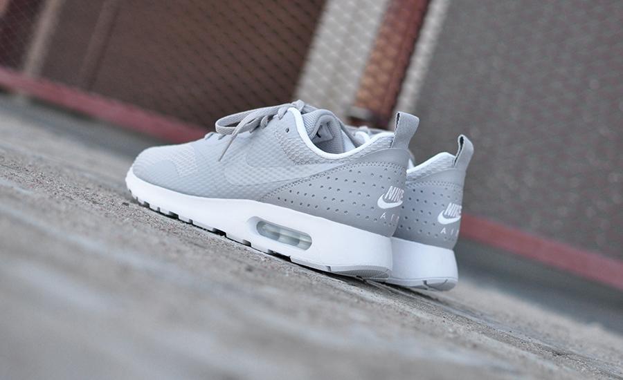 Nike Air Max Tavas 705149 028 Sneakers Blog
