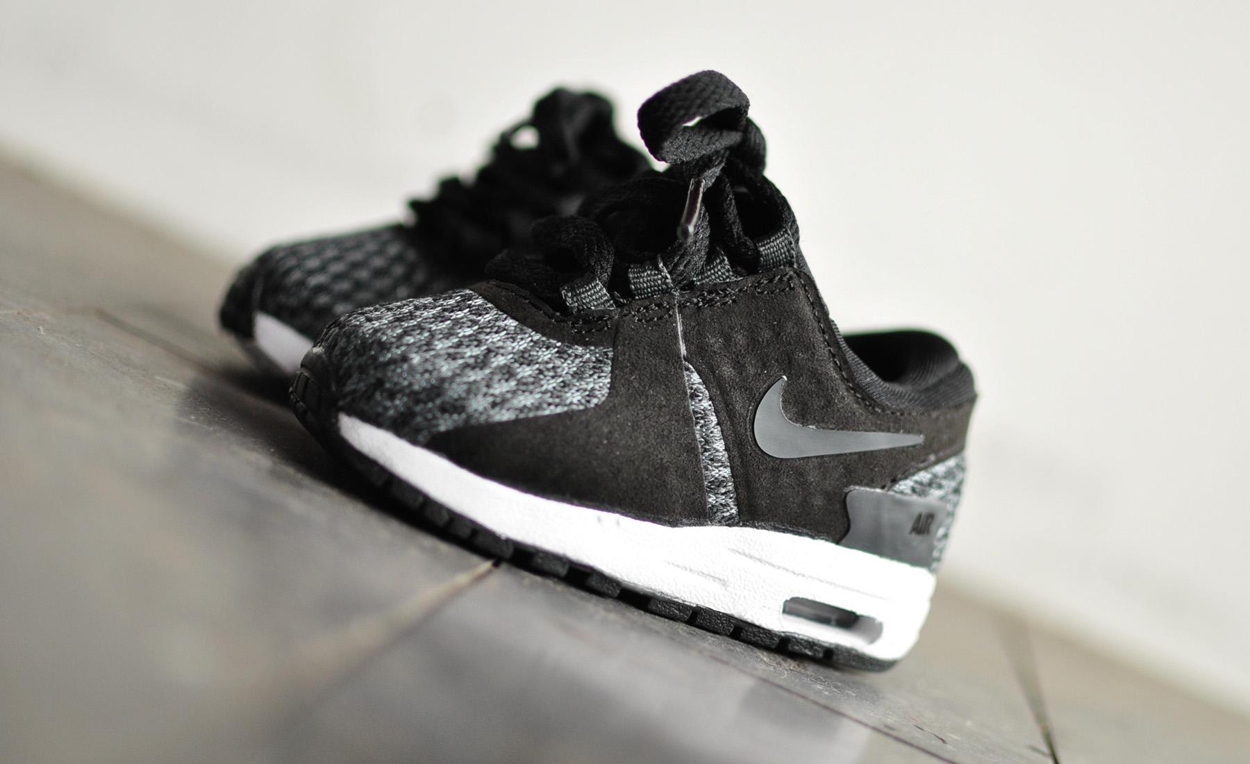 Nike Air Max Zero SE TD 922922 004 Sneakers Blog