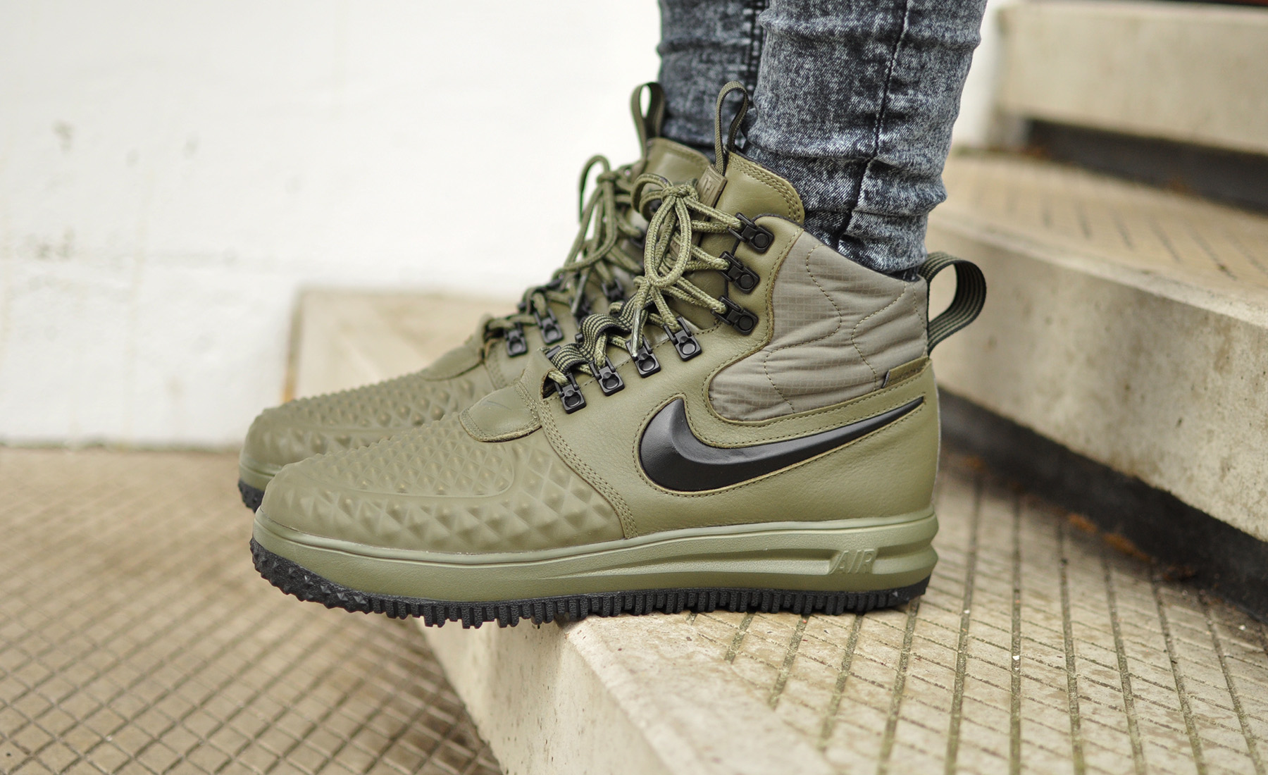 Nike Lunar Force 1 Duckboot '17 916682 202 Sneakers Blog