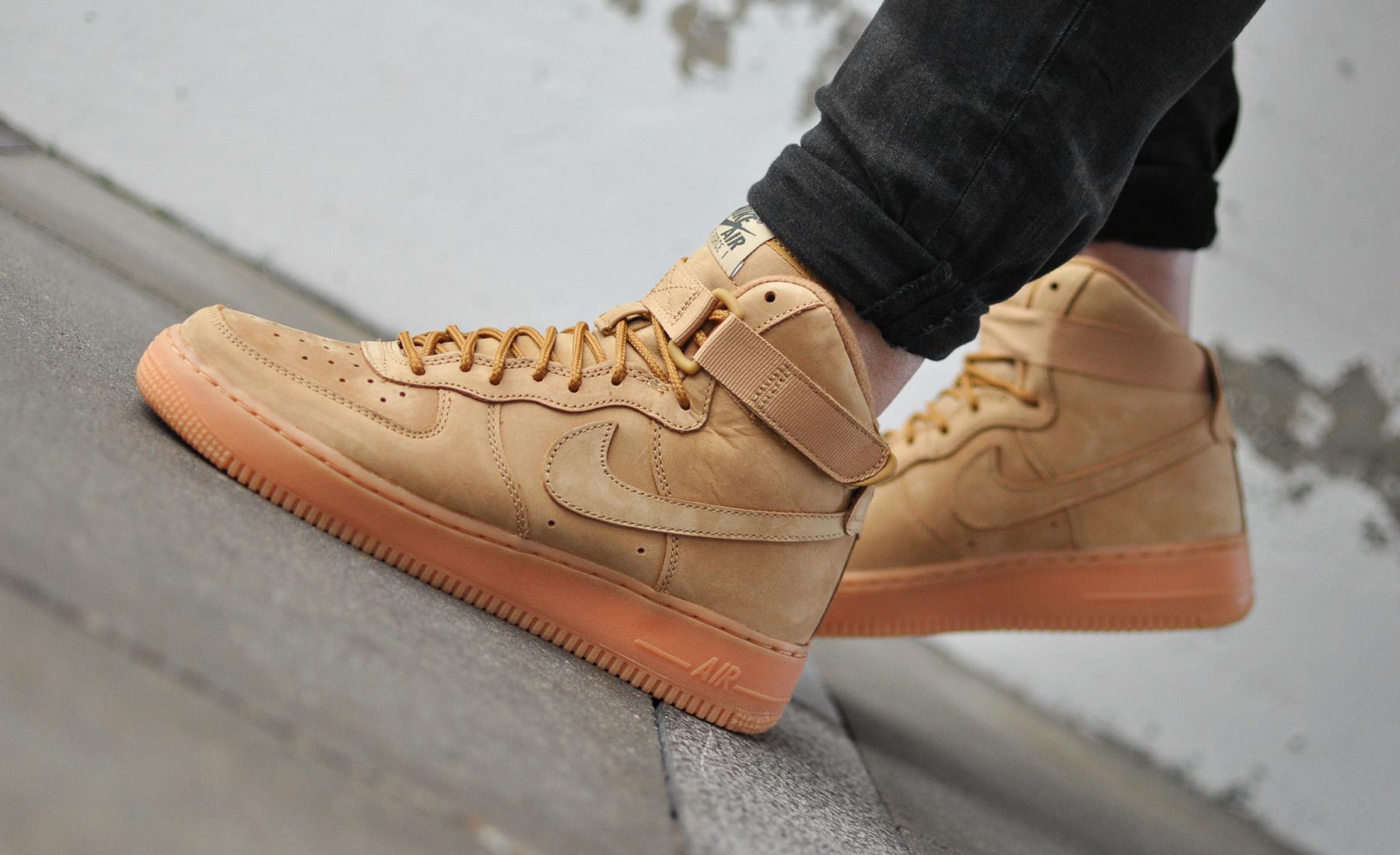 Nike Air Force 1 Beige
